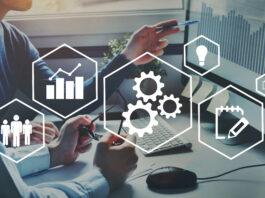 Concept d'automatisation et d'optimisation, développement du flux des processus d'affaires