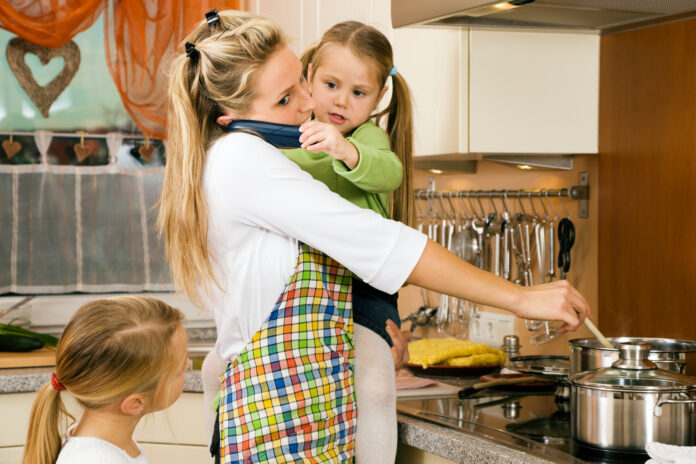 Housewife and children